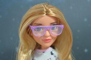 人形とメガネ