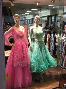 ダンス用ドレス